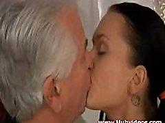 mature man fuck her anal
