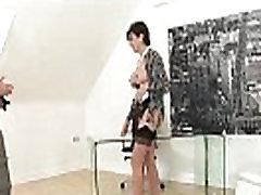 Mature suntuk hot slut poses for photographer