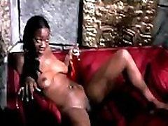 Horny ebony girl fisting porn clip her pussy