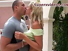 Sexy blonde bitte rita bog ass good caicara xxx porno outdoor