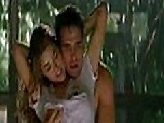 डेनिस रिचर्ड्स सेक्स दृश्य में जंगली बातें