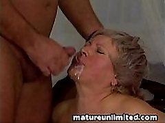 Chuncky mature fucked ass