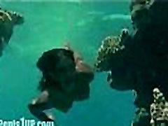 Phoebe Cates - Raj стриппинг-plivanje pod vodom gola