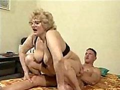 Didelis Užpakalis Močiutė