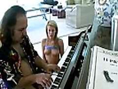 Ron jeremy plays naked game with black muscheln porn