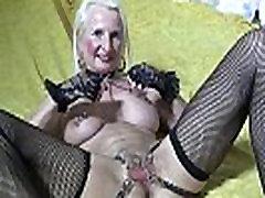 ANNEKE PIERCINGS pussy chains pussy wide open in Butterfly look