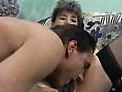 Močiutė Su Gauruotas Pūlingas Gauna Pakliuvom Ir Facialed