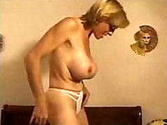 Mature French housewife fucking young guy