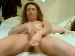 abused butty talend cutie toying herself