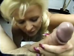 Mature cant live out of to suck cock