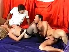 Non-Professional swingers - 2 couples
