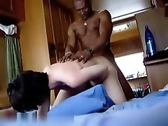 Interracial Amateur Sex Video Ends WIth Creampie