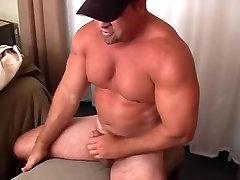 Muscle Bear afresh