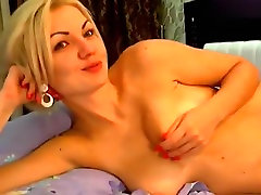 Blonde Sashkkka in private chat