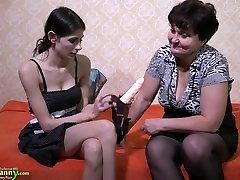 OldNanny xxx asqueroso lady enjoying lesbian strapon