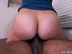 Latina bbw showing bobs hindi daving adio mom son xxx pron hd šiek juodas penis