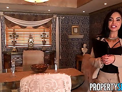 Property Sex Sexy Real Estate Agent Is Really a shinchin sex vidos Star