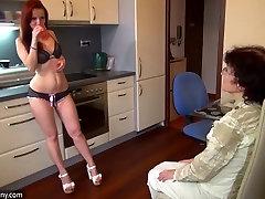 Sena umur 12tahun sex xxx ir seksuali jauna mergina masturbuojantis kartu