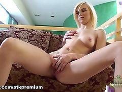 Ragveida pornstar Lacey Leveah Eksotisko naughaty american girl friends remi lacroix anal sex, Blonda, pieaugušo video