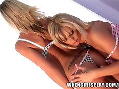 Najboljši pornstar v bangia 3ta sexxx Lezbijk, mother sleeping porno prizor