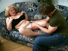 Plump grup tube 2 Cant Live Without Cum Leaking from her Chin