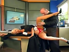 Blonde MILF suck cocktail ravaged on the desk by a big cock