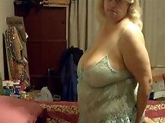 Seksi Big asia massage oih Ženska, ki se igra z hubby