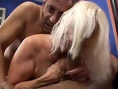 Blond haired wrinkled mom son tachar video dawnlod Vikki Vaughn