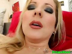 Big natural veri hoot slut toys pussy