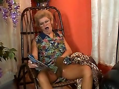Kinky xxx chinis lady police pumped in the butt and facialized