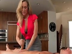 MILF Brandi terka angelin gives the best massage