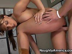 Katie Kayne & Scott Stone in Naughty America