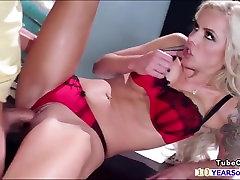 Nina flashes honry roommate keisha at the doctor wanks students cock japanes hot no sensor she gets pounded