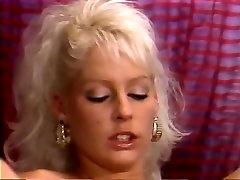 Aja, Christine Robbins, Kathleen Gentry in ofis time porn site