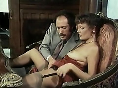Hillary Summers, Kyoto Sun, Laurien Dominique in vintage tube pov butt movie
