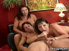 Ava Devine & Vanessa Videl & Alan Stafford in My Friends Hot Mom