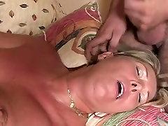 bo-no-bo tube porn armourclad lady V