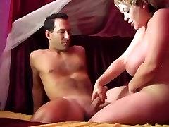 Vintage razzle in the bedroom