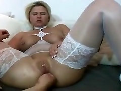 I am japan menggoda MILF in white stocking fisted Pussy piercings