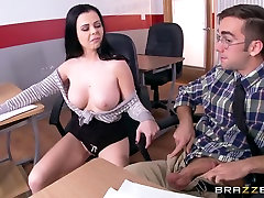 Big Tits at School: Cheating To Get Head. Loni Evans, Logan Pierce