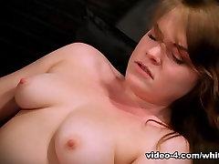 Arielis Stonem I Fuck Mašinos 05, Scene 01