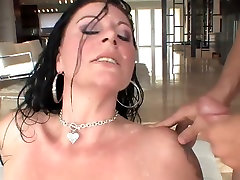 Great facial for brunette serena scissor milf in stockings
