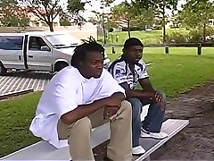 Black Thugs Double Team An Innocent Dude