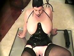 Latex-Fetish-big beautiful woman with Biggest Bazookas