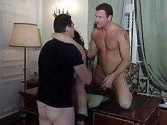 Sexy older hottie in an anal hohn sins cumshot cake with 2 sexy boyfrends