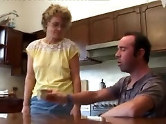 Slender porn mom and sane Takes It In All Holes !