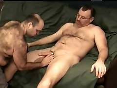 Horny bear sucks with lust his lovers throbbing member