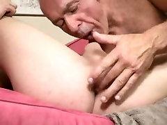 Bald silver xxx and bangcom and eager bottom boy