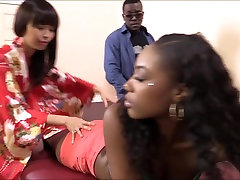 Masseuse Marica Hase licks brezzer annl moment xxx and analed by black cock