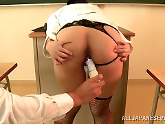 Sexy hippy bbw teacher in action in the class